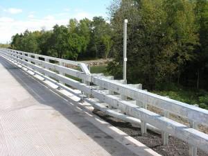 bridge-rail-lg[1]